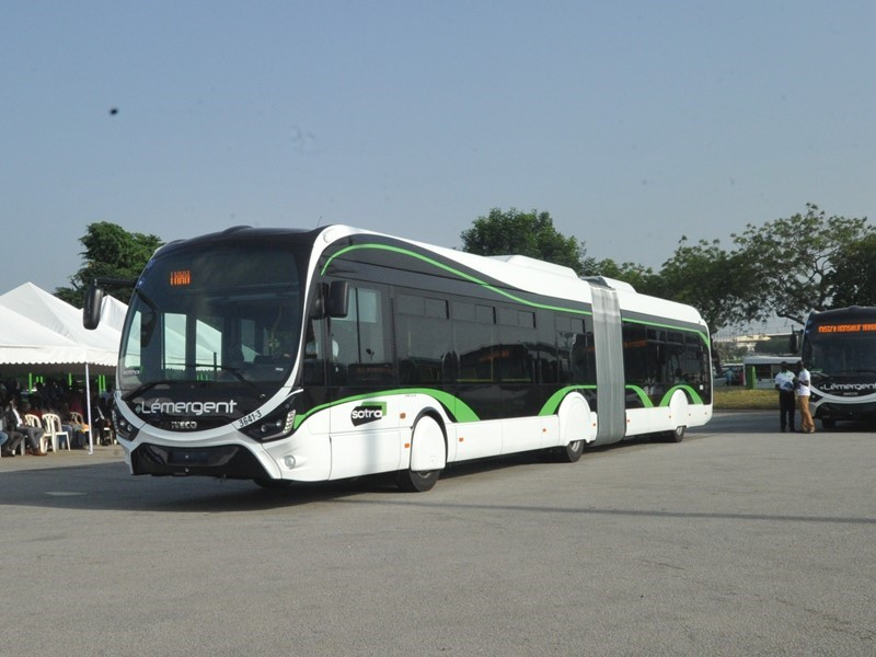 IVECO BUS and the Ivorian Government officially seal their commitment to sustainable transport