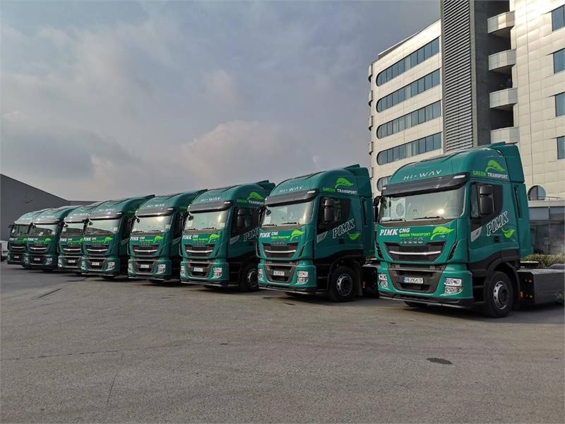 PIMK extends its fleet with 50 new IVECO STRALIS NP trucks