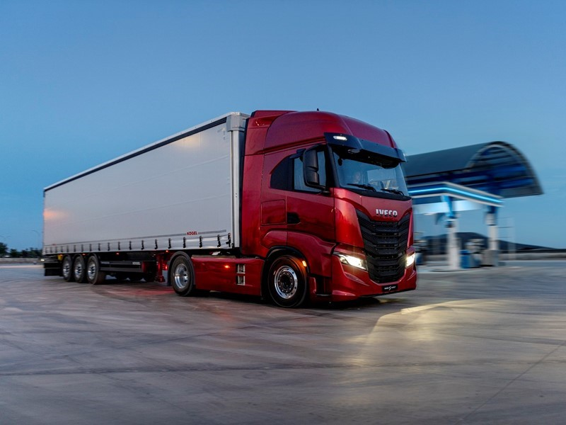 IVECO launches new IVECO S-WAY: the 100% connected, driver-centric long-haul truck