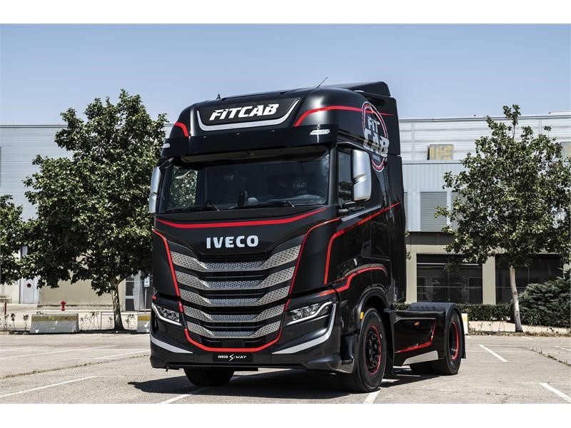IVECO presents the special customer–centric concepts IVECO FIT CAB and MAGIRUS