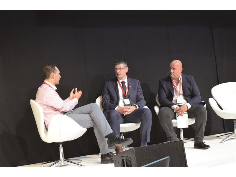 New Holland showcases its sustainable solutions at the World Biogas Summit 2019