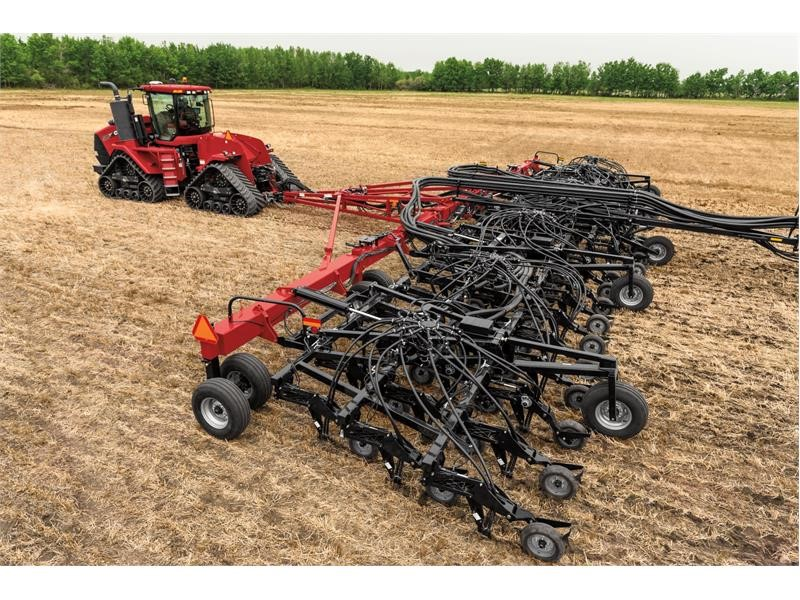 Case IH Expands Seeding Lineup With Flex Hoe 900 Air Drill