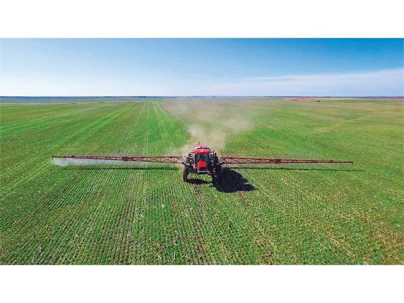 Case IH Adds Wider Booms, Larger Tank Options for Patriot 4440 Sprayer