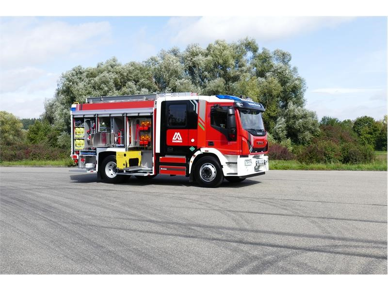 Magirus presents world's first gas-powered fire engine