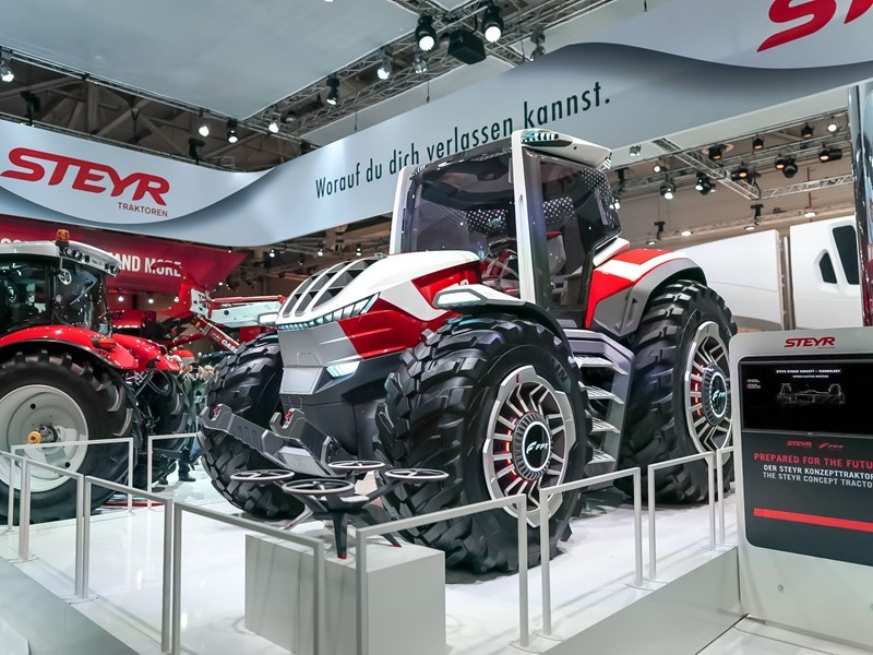 STEYR showcases future farming technology with its STEYR Konzept - a hybrid powered concept tractor