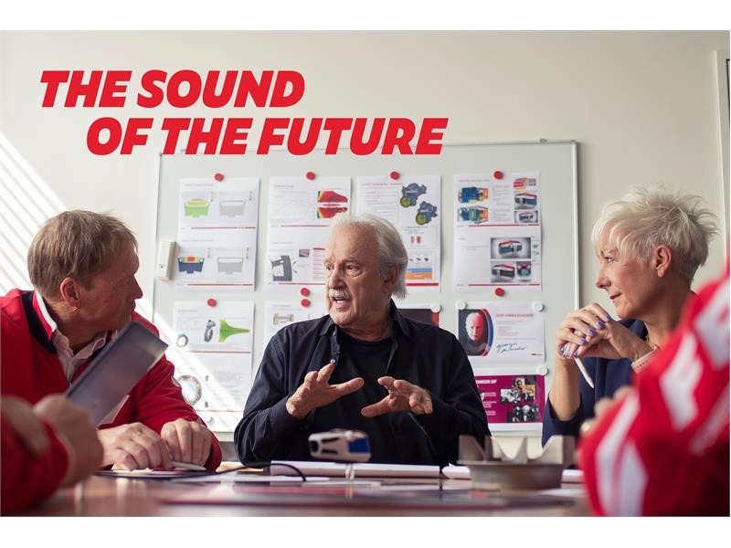 FPT INDUSTRIAL AND GIORGIO MORODER GET BEHIND THE MIXING BOARD AND CLOSER TO RELEASING THE SOUND OF THE FUTURE FOR THE NEXT GENERATION OF ENGINES