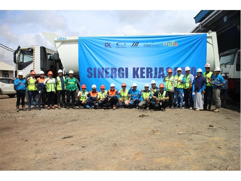 IVECO delivers the first units of an order for 15 Trakkers in Indonesia