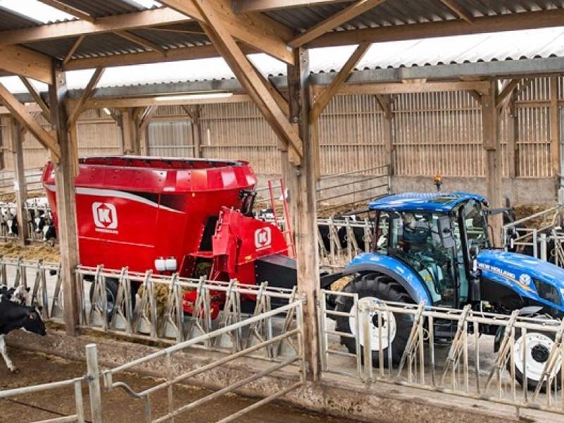 Кормораздатчики-смесители Kongskilde VM 18-2 Multi и VM 24-3: эффективное решение для крупных животноводческих хозяйств