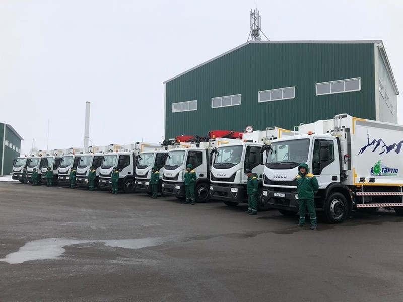 IVECO distributor Stahlbau delivers 10 Eurocargo garbage collection trucks to Tartyp JSC