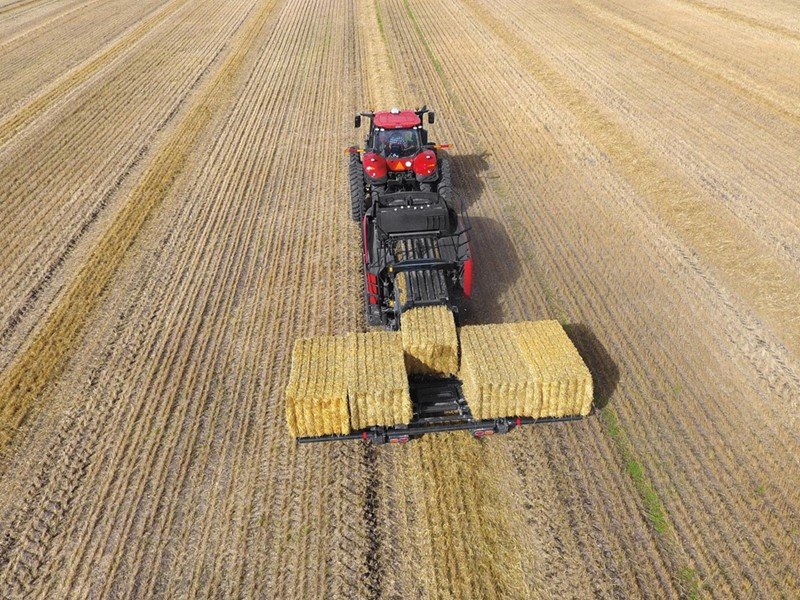 Case IH Introduces Large Square Baler Accumulator Lineup