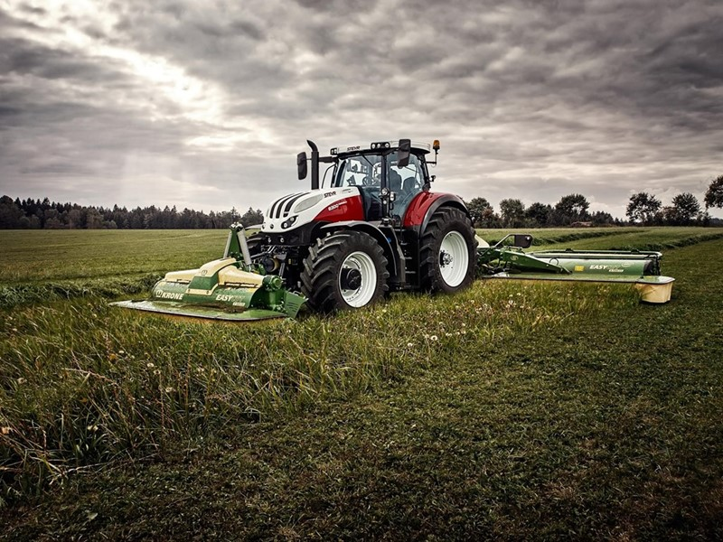 """STEYR AWARDED """"TRACTOR OF THE YEAR 2020"""" IN SPAIN"""