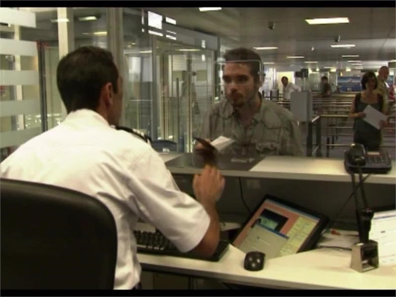 Smart Borders: stepped-up security, better ID system