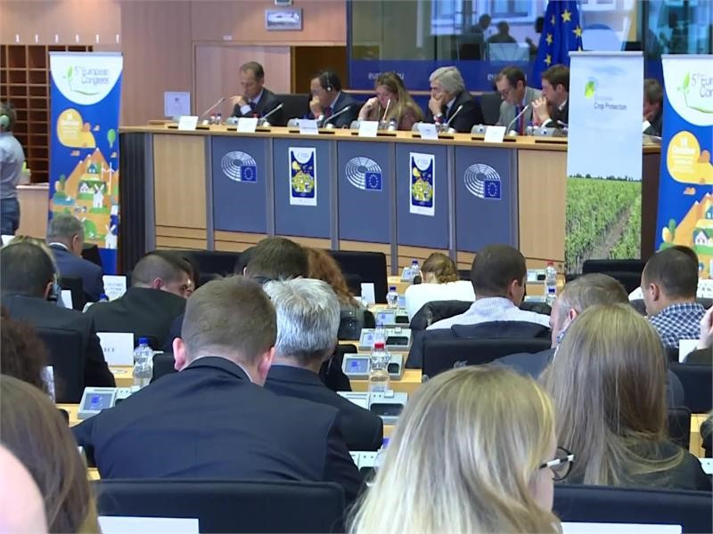 EPP Group highlights the EU's long-term need for young farmers