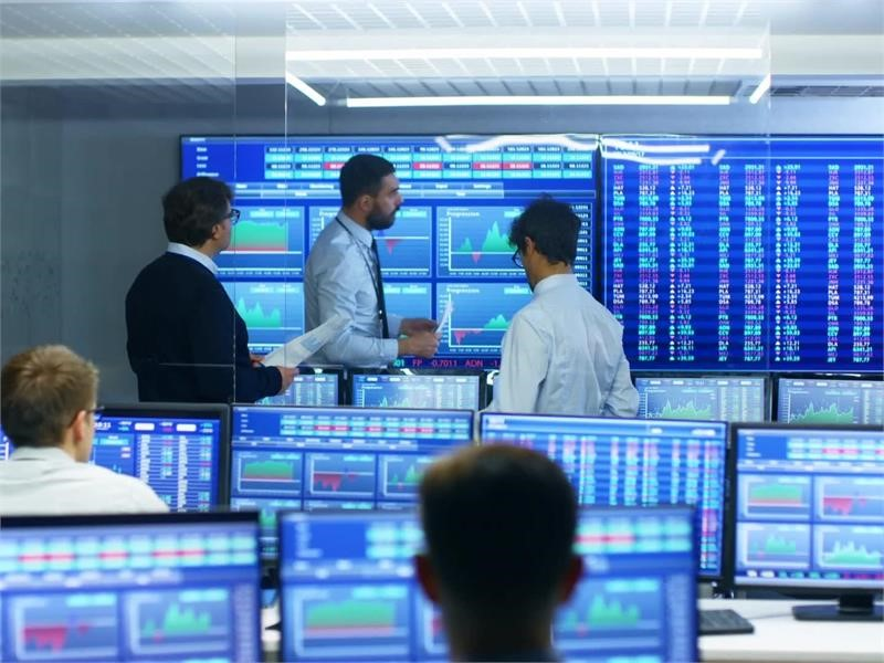 No more ''cowboy'' banking: making European banks stronger, safer