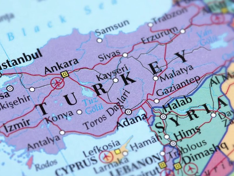 EU should raise pressure on Turkey over Syria offensive