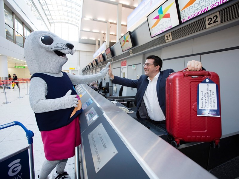 Bonnie the seal checks in at Glasgow Airport as Glasgow 2018 welcomes newest Official Supporter