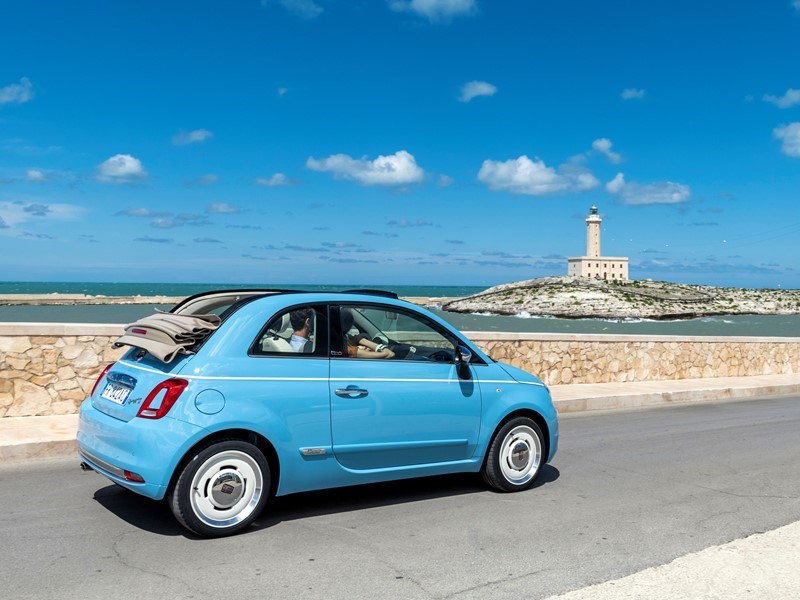 "Exclusive Fiat 500 ""Spiaggina '58"" is the special birthday tribute to Fiat 500"