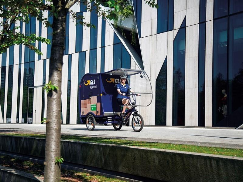 GLS-Paketlieferungen in der Düsseldorfer Innenstadt komplett emissionsfrei