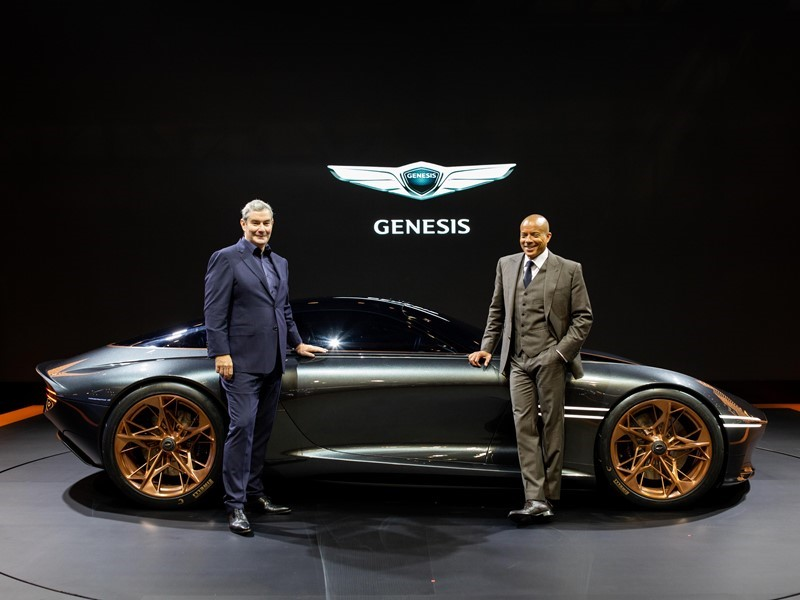 GENESIS SHOWCASES ESSENTIA CONCEPT AT THE BUSAN INTERNATIONAL MOTOR SHOW