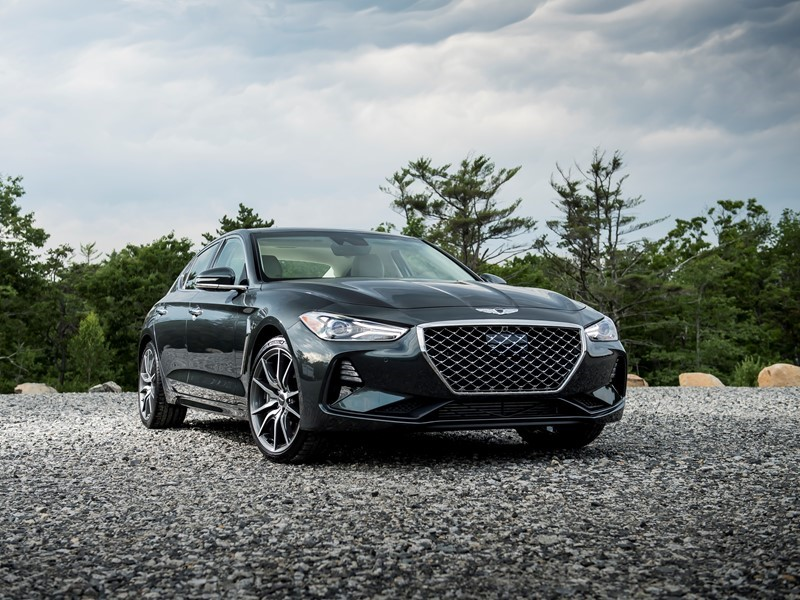 Ruedas Espn Selects 2019 Genesis G70 As Best Luxury Sedan Essentia Concept Named Star Of The Show By Southern Automotive Media Ociation
