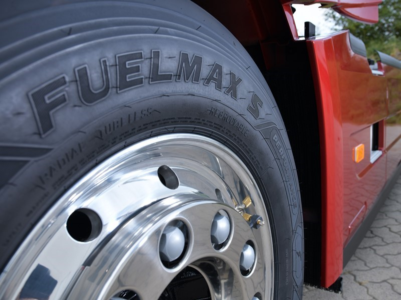 Goodyear launches FUELMAX PERFORMANCE fuel-efficient CO2-reducing tyres & showcases tyre management news