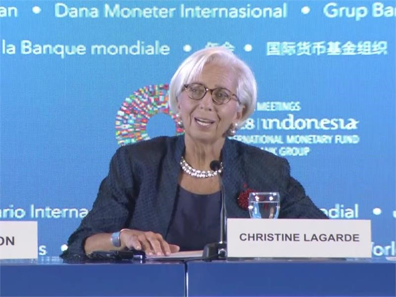 IMF's Lagarde Urges Leaders to De-Escalate Tensions