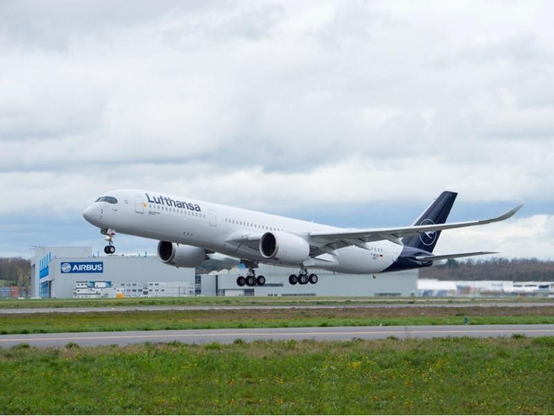 """Lufthansa erhält 10. Airbus A350-900: Der Hingucker  auf den """"Family & Music Days"""" am Münchner Flugh"""