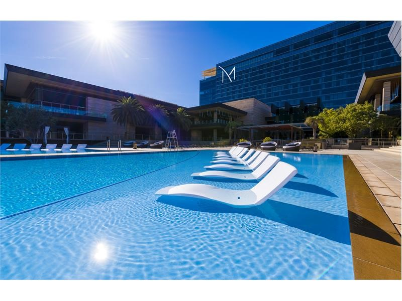 Las Vegas Splashes into Warmer Weather with Epic Entertainment for Pool Season