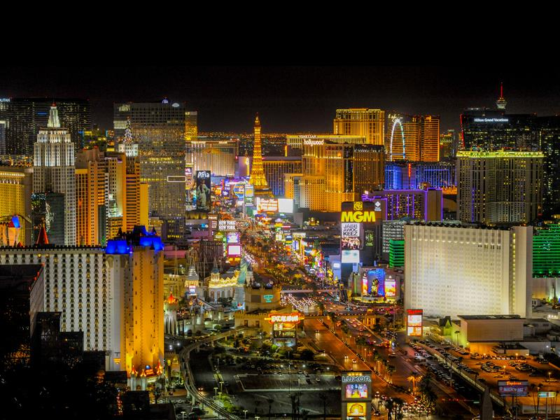 Las Vegas Celebrates with Black Friday and Cyber Monday Specials