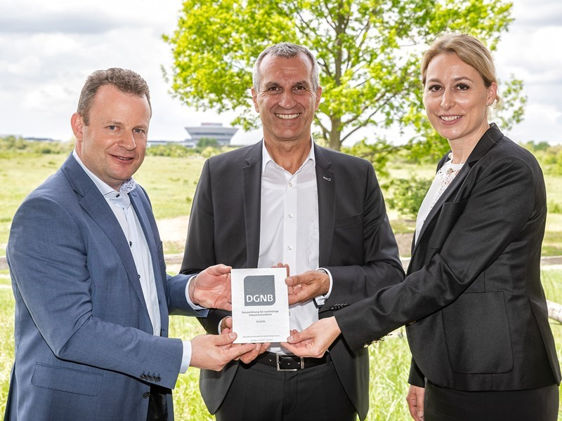 Platinum award further proof of sustainability at Porsche