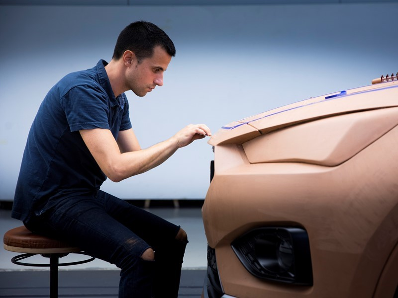 The car sculptor