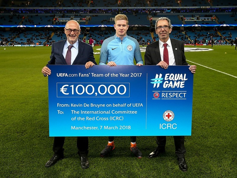 UEFA makes new donation of €100,000 to ICRC