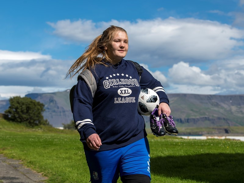 UEFA #EqualGame - Hannah Bryndís Proppé Bailey - I am in control of my life, not my schizophrenia