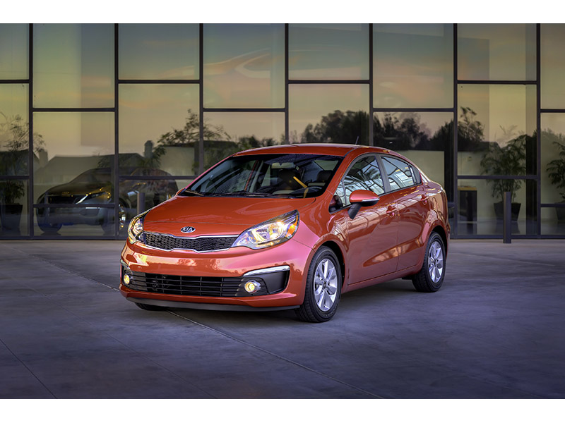 2016 Rio Sedan Debuts At Chicago Auto Show