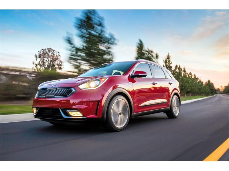 All-new 2017 Niro Hybrid Utility Vehicle arrives in the Windy City for global debut at Chicago Auto
