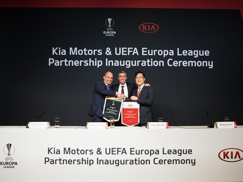 Kia celebrates new UEFA Europa League sponsorship agreement