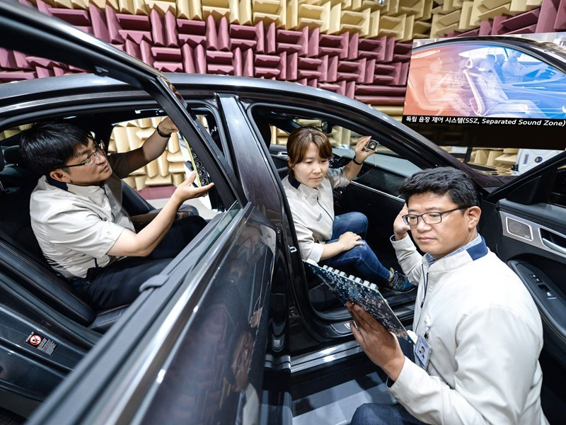 Kia Motors Showcases Next-Generation Separated Sound Zone Technology