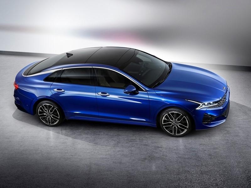 Kia reveals exterior images of all-new K5 fastback sedan for Korean market
