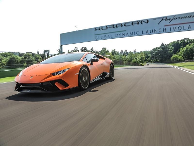 "Lamborghini Huracán Performante gewinnt Innovationspreis von ""Autocar"""