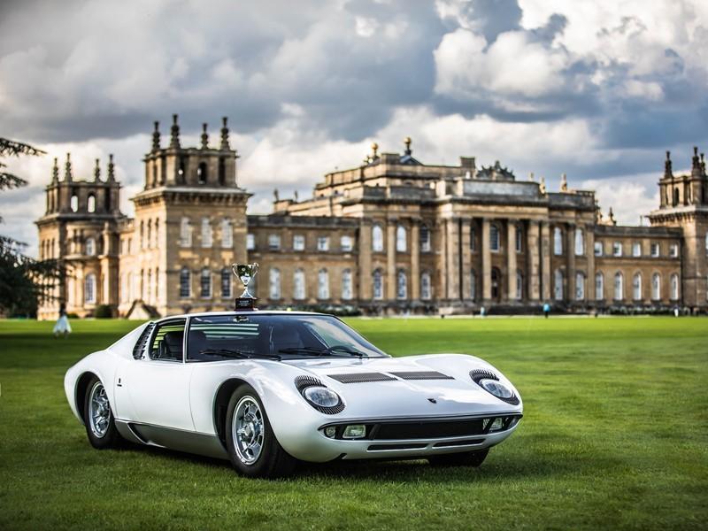 La Miura di Dallara restaurata dal Polo Storico conquista il Salon Privé nel Regno Unito
