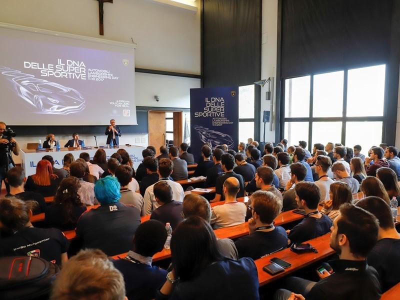 #Engineering Day: Automobili Lamborghini incontra  gli studenti di Ingegneria di Bologna