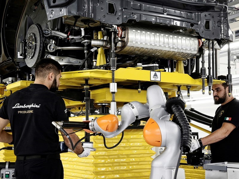 The new Lamborghini factory in Sant'Agata Bolognese: production site doubled, incorporating cutting-
