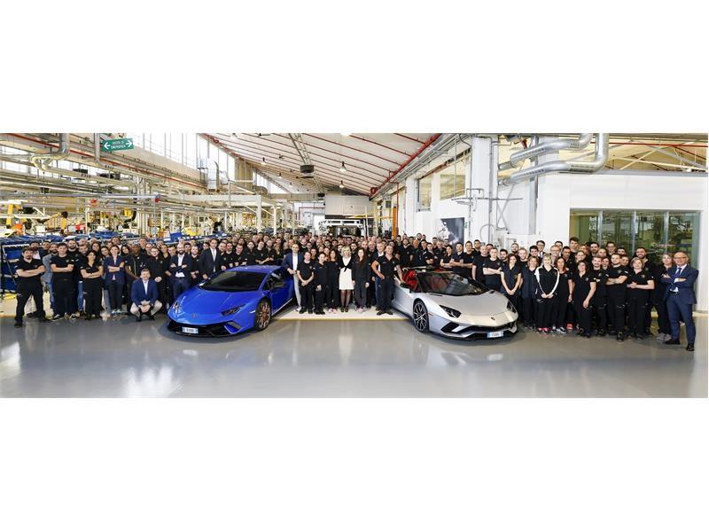 Automobili Lamborghini segna un record produttivo: 7.000 Aventador e 9.000 Huracán prodotte rispetti