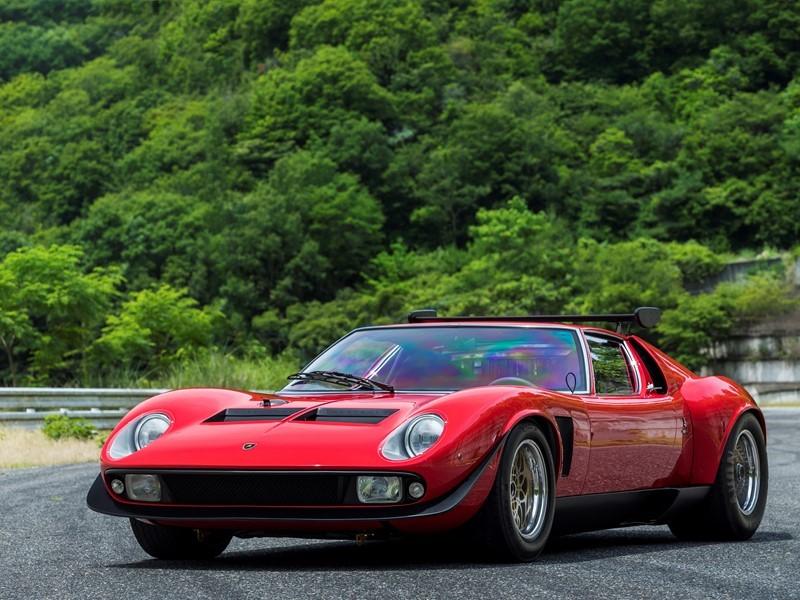 Lamborghini Polo Storico restauriert den legendären Miura SVR