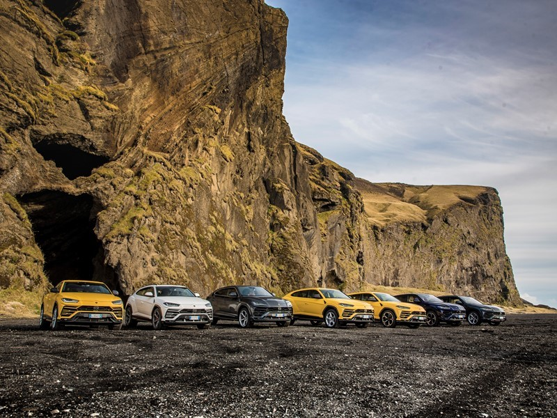 Lamborghini Avventura:  an expedition of Urus to discover Iceland