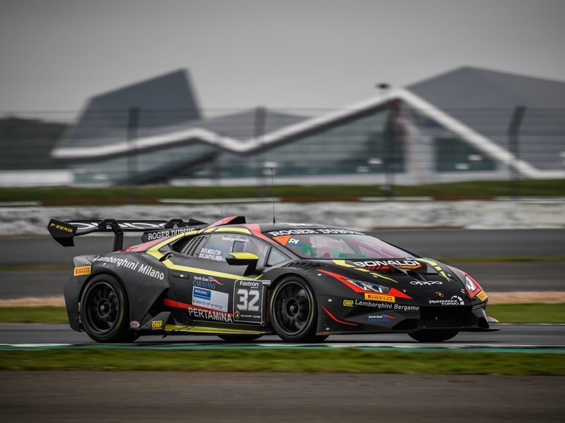 Lamborghini Super Trofeo Europe – Dramatic home victory for Middleton and Bartholomew in Silverstone Race 1