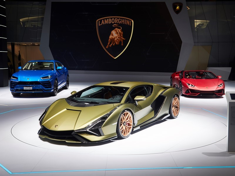 Automobili Lamborghini ehrt Ferdinand K. Piëch  mit dem Lamborghini Sián FKP 37 auf der IAA 2019 in